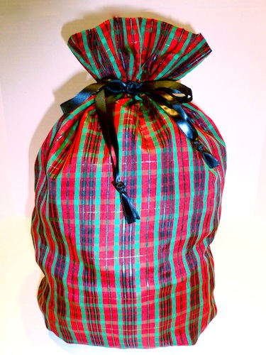 Celtic Medium Cloth Gift Bag-celtic gift bag, gratitude gift bags, xmas wrapping paper, wrapping paper, hostess gift, christmas wrapping, xmas bag